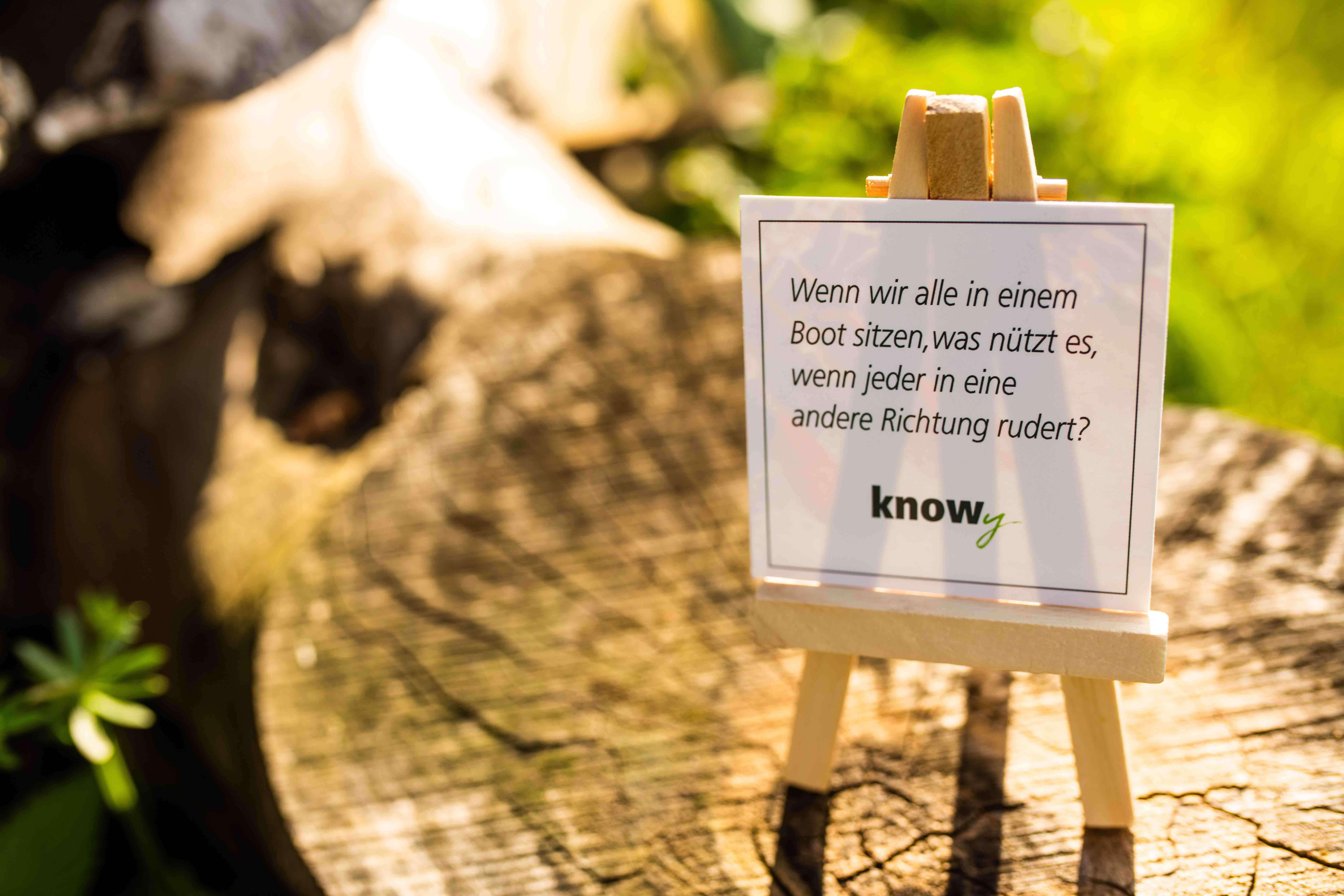 knowy-produktshooting-Sinnspruchkarte-staffelei