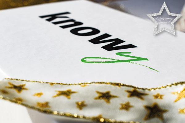 Christmas Special: Unsere KNOWY-Box als nachhaltige Geschenkbox. Geschenke ohne Geschenkpapier verpacken. Nachhaltiges Verschenken an Weihnachten.